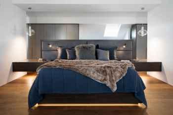 CLARK WyerCraw contemporary master bedhead
