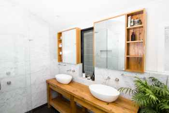 SHONHAN WyerCraw contemporary bathrooms